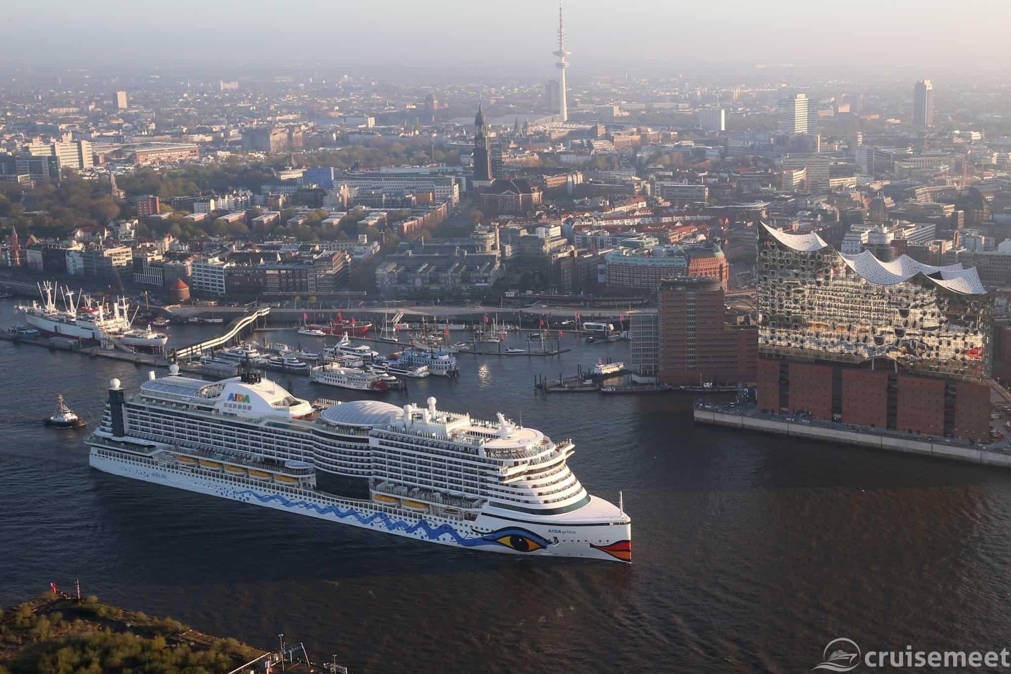 AIDA Cruises AIDAprima in Hamburg