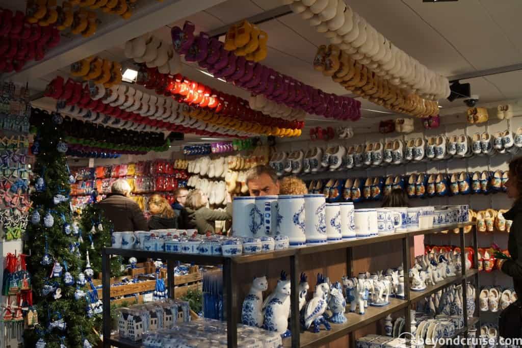 Amsterdam shops Dam Square