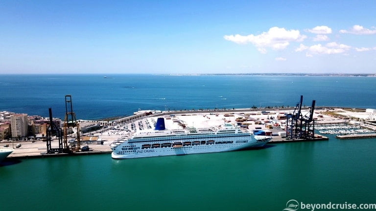 P&O Cruises Oriana to leave fleet in August 2019