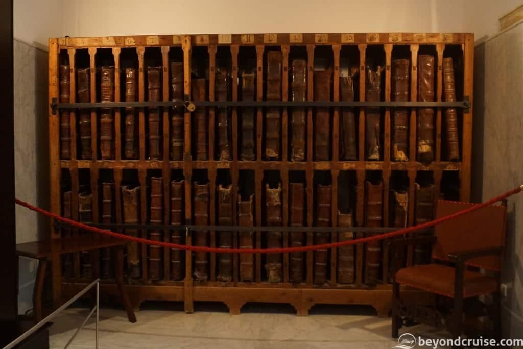 Cadiz museum libary