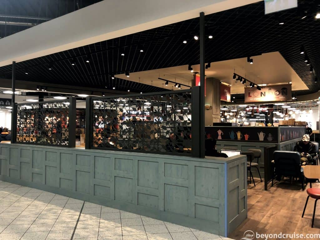 Luton Airport Costa Coffee