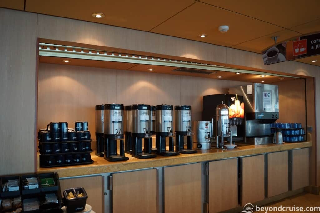 MSC Magnifica Buffet – tea, coffee, juice