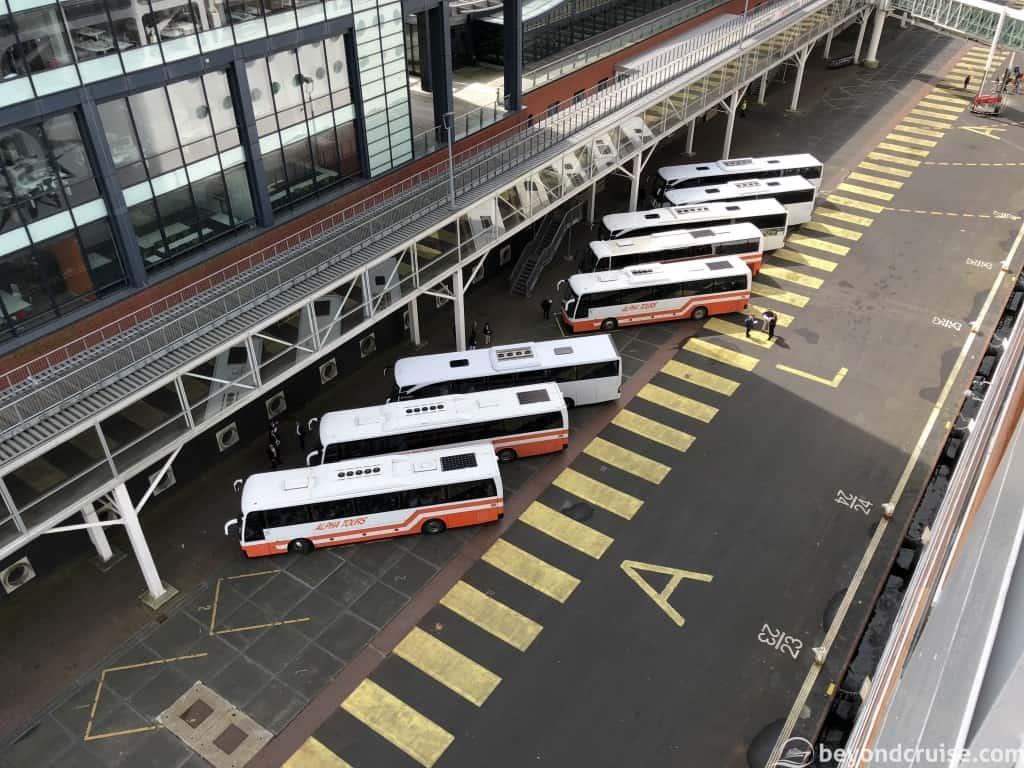 Tour coaches ready at Passenger Terminal Amsterdam