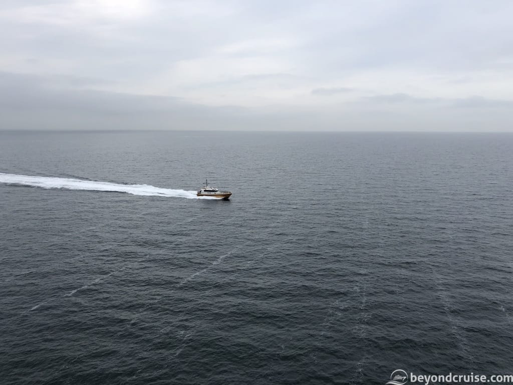 MSC Magnifica pilot arriving from IJmuiden