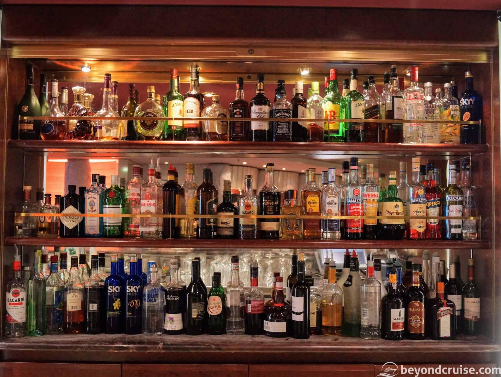 MSC Magnifica Ruby Bar drinks