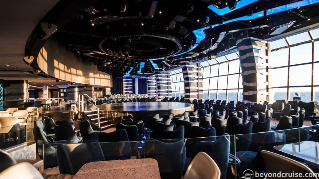 MSC Meraviglia Carousel Lounge by day