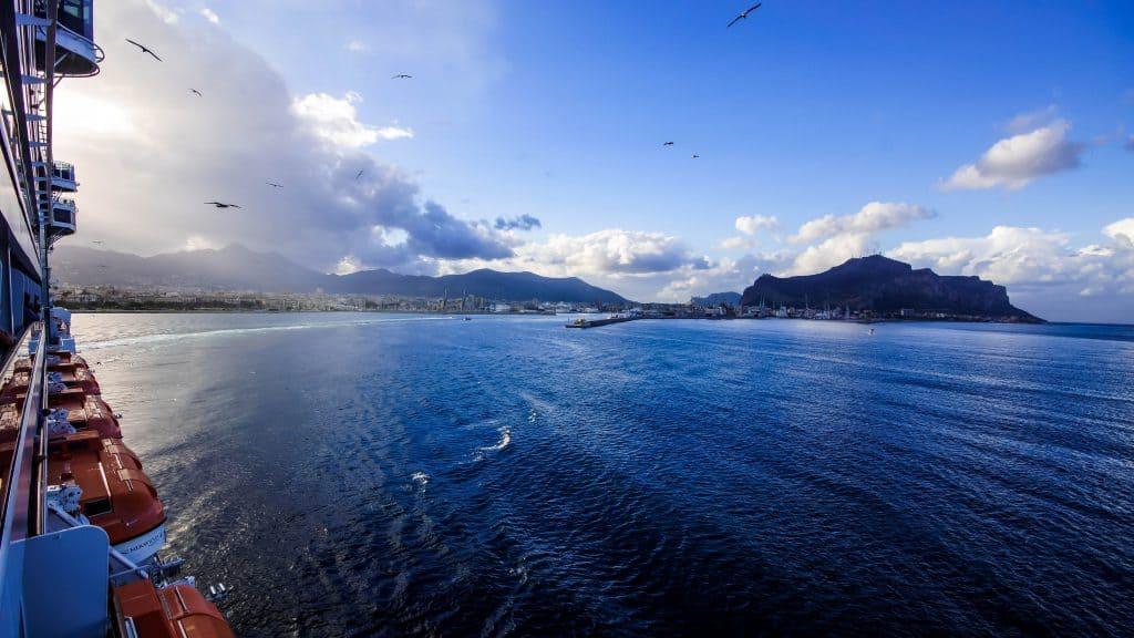 Palermo sail away